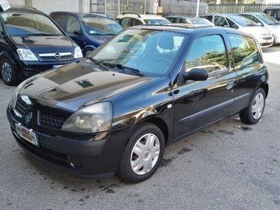 usata Renault Clio II 1.2 cat 3 porte Expression