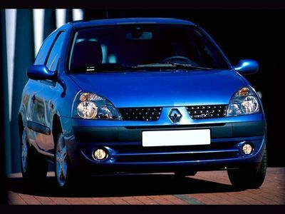 used Renault Clio 1.2 16V cat 3 porte Confort Dynamique rif. 11802208