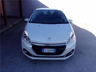 usata Peugeot 208 usata del 2016 a Giugliano In Campania