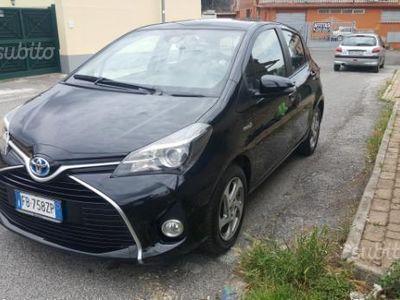 usata Toyota Yaris Hybrid 1.5 active+optional