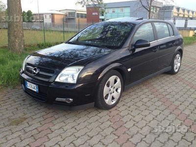 usata Opel Signum -- 3.0 V6 CDTI Design Edition - 10-2004