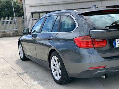 usata BMW 320 Touring--AUTOM--NAVIG--EURO 6---PERMUTABILE
