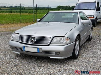 używany Mercedes 300 slsl-24 benzina