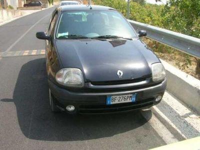 usata Renault Clio 2ª serie 1.2 cat 3 porte RXE