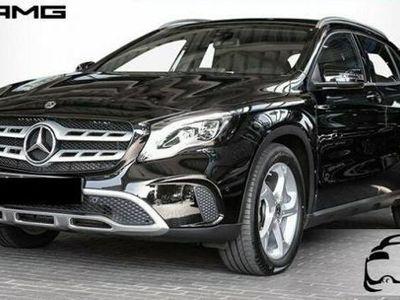 usado Mercedes GLA180 d Automatic Sport/eu6/navi/led/