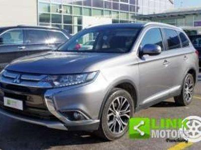 usata Mitsubishi Outlander 2.2 Di-d 2WD Instyle 7 Posti - Garanzia 2022