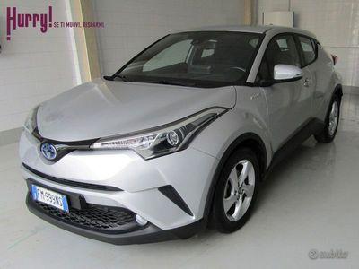 usata Toyota C-HR 1.8 Hybrid CVT Business