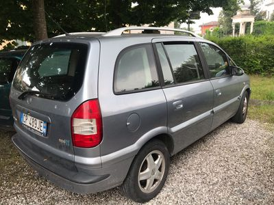 usado Opel Zafira metano 2004