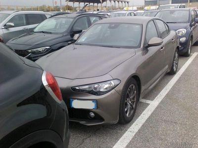 używany Alfa Romeo Giulia 2.2 Turbodiesel 150 CV Super