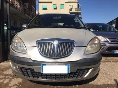 usata Lancia Ypsilon 1.2 Argento 100