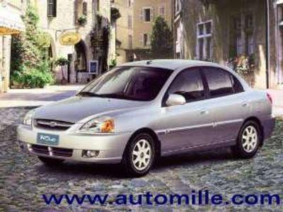 usata Kia Rio 1.3i cat 4 porte Sedan RS Comfort