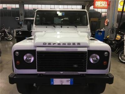 used Land Rover Defender 90 2.2 TD4 Station Wagon E N1