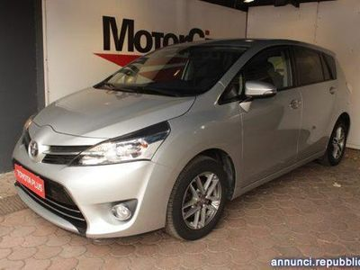 brugt Toyota Avensis Verso 1.6 D-4D Active Roma