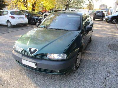 gebraucht Alfa Romeo 146 1.9 turbodiesel del 1997 usata a Refrontolo