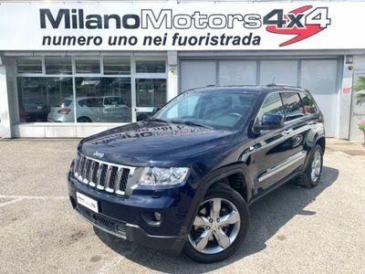 begagnad Jeep Grand Cherokee 3.0 CRD 241 CV Overland *Euro5*Gancio Traino*