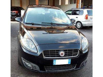 gebraucht Fiat Croma 1.9 Multijet 16V aut. Emotion