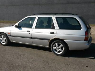 used Ford Escort - 2000