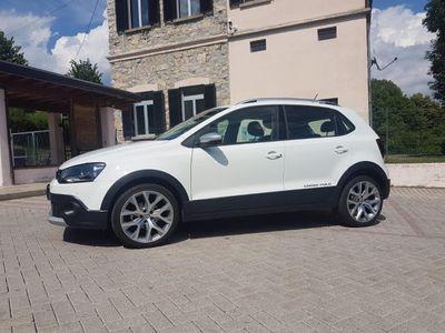 usado VW Polo Cross 1.2 TSI BlueMotion Technology 4/17 solo km 32336