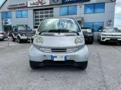 usata Smart ForTwo Coupé 600 & pure (40 kW)
