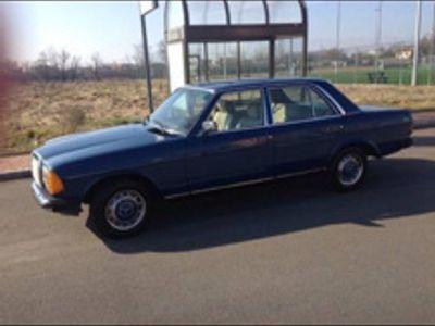used Mercedes 240 W123