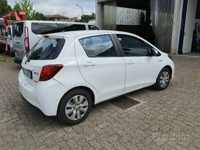 usata Toyota Yaris 3ª serie - 2015