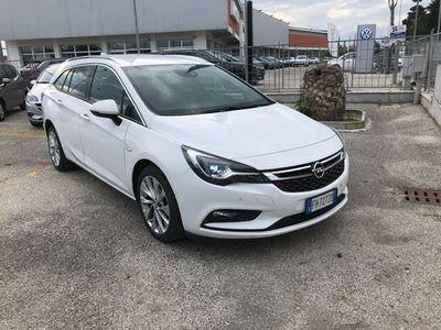 usata Opel Astra 1.6 CDTi 110CV INNOVATION