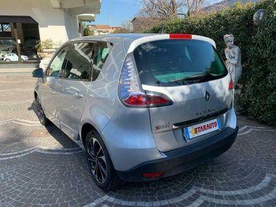 usata Renault Scénic XMod dCi 110 CV EDC Limited
