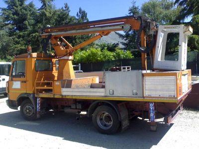usata Iveco Daily 35.8 2.5 Diesel PC Cabinato Basic del 1992 usata a Avezzano