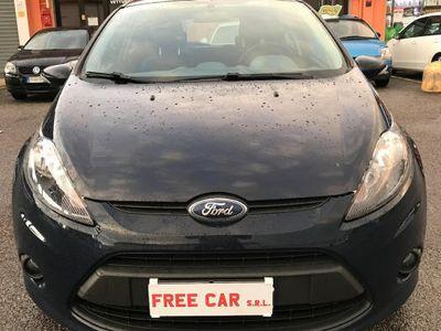 usata Ford Fiesta + 1.2 82CV 5 porte