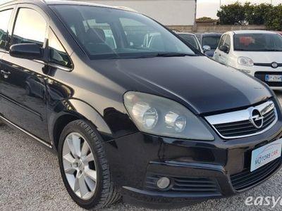 usata Opel Zafira 1.9 16v cdti 150cv cosmo diesel