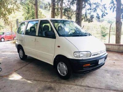 used Nissan Serena diesel E5 porte SLX