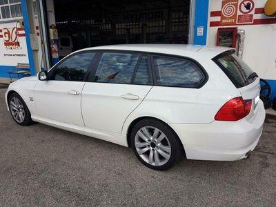 usata BMW 320 Serie 3 (E90/E91) cat xDrive Touring Attiva
