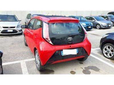 usata Toyota Aygo 1.0 VVT-i 69 CV 5 porte x-clusiv
