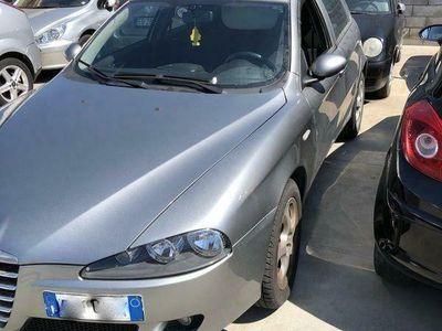 usata Alfa Romeo 147 1.6 16V T.S. 5p. Distinctive