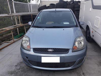 used Ford Fiesta 1.4 Diesel 2007 - Km 80000 - GOMMATA