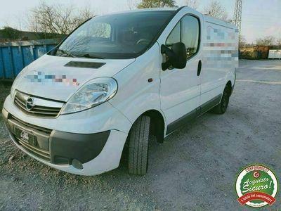 usata Opel Vivaro 27 2.0 CDTI 120CV PC-TN Furgone Fap