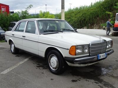 usata Mercedes 200 W123 CON GPL ASI STORICA
