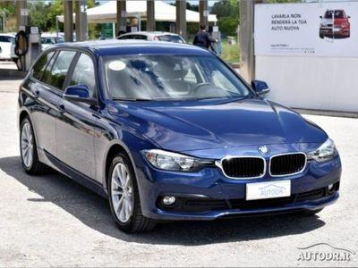 begagnad BMW 320 Serie 3 Touring d xDrive Business Advantage aut. usato