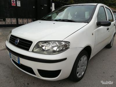 usata Fiat Punto 1.2 8v a 5 porte accessoriata 2005