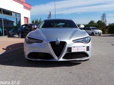 gebraucht Alfa Romeo Giulia 2.2 Turbodiesel 180 CV AT8 Super / GRIGIO SILVERST