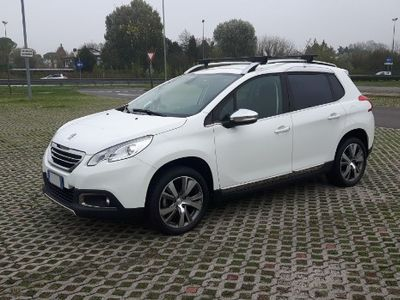 second-hand Peugeot 2008 - 1.6 e-HDi 115 CV Stop&Start Allure
