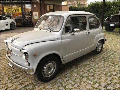 usata Fiat 600D abbartizzata