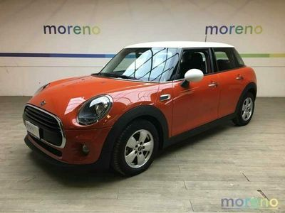 usata Mini Cooper D 1.5 Business 116 cv