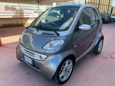 usata Smart ForTwo Coupé 800 & passion cdi (30 kW)