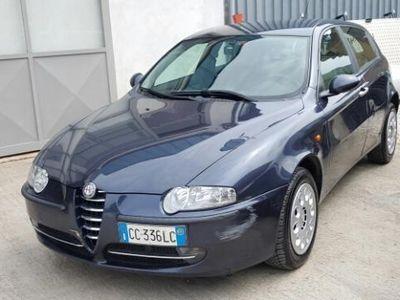 usata Alfa Romeo 147 1.9 Jtd 16v 5 Porte Progression Usato