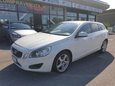 used Volvo V60 D3 Geartronic Summum NAVI*CAMERA*SENSORI*