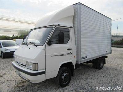 usado Nissan Trade 3.0 diesel 90 cv furgonatura alluminio