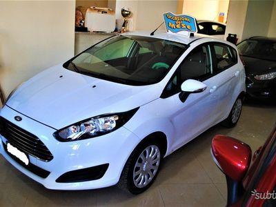usata Ford Fiesta 5ª serie - 2015