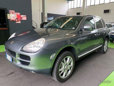 usado Porsche Cayenne 3.2 v6 250cv navi-tetto-cerchi 19