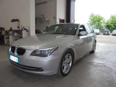 usata BMW 530 d- cambio automatico- navi-tetto apribile- gommata
